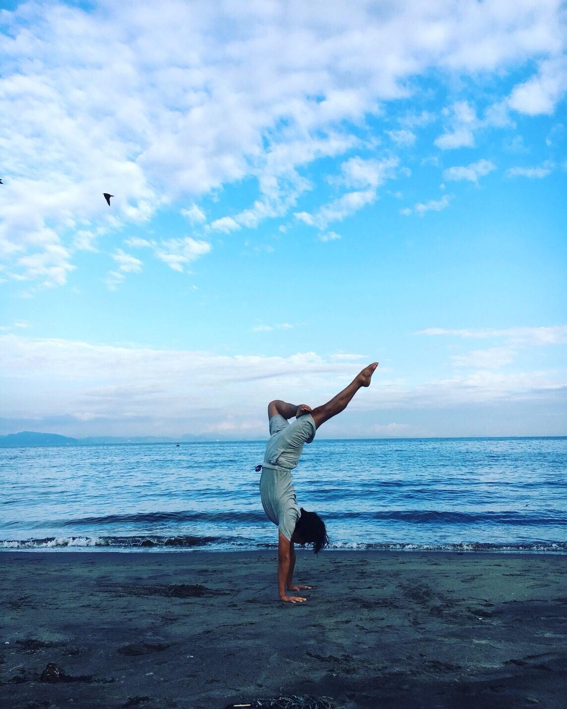 「今ここ・ハーモニー」をテーマに、Yoga・瞑想を楽しむ。